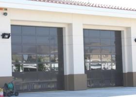 commercial-full-vision-doors