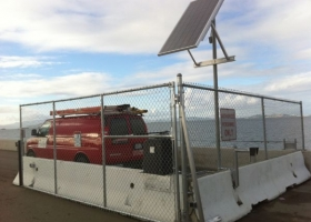 chain-link-gate-with-solar2