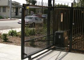 gate-18