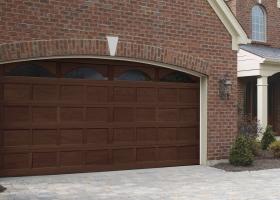 Clopay Door Photo Wood1